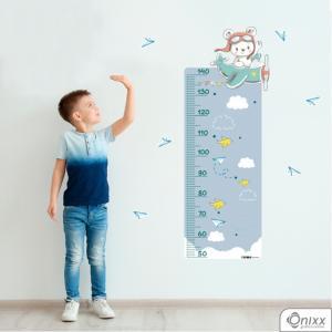 Régua de Crescimento Piloto Ursinho Azul Adesivo Vinil 0,10  4x0 | Impressão Digital - Látex Fosco Corte 100% Digital